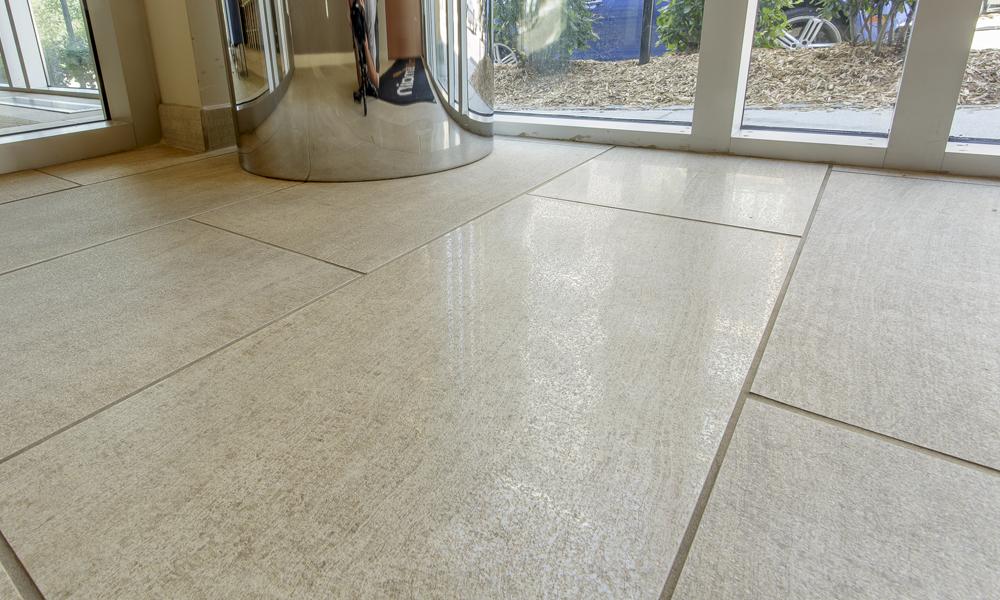 Mill & Main – Luxurious Lobby – Rubble Tile