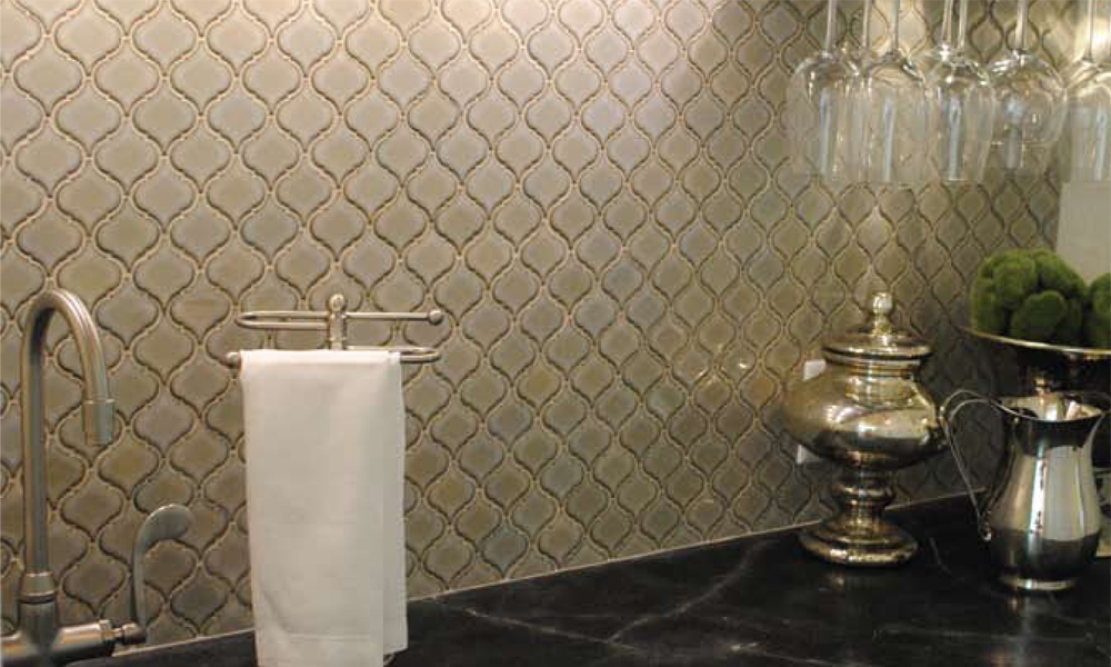Backsplash Of Color Arabesque Tiles Tessen Kitchen ...