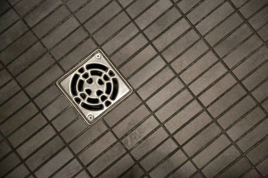 Shower-floor-tile
