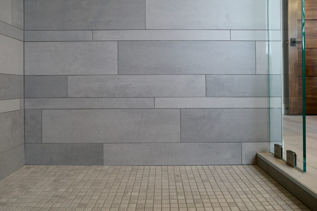 rubble-tile-affordable-shower-tile