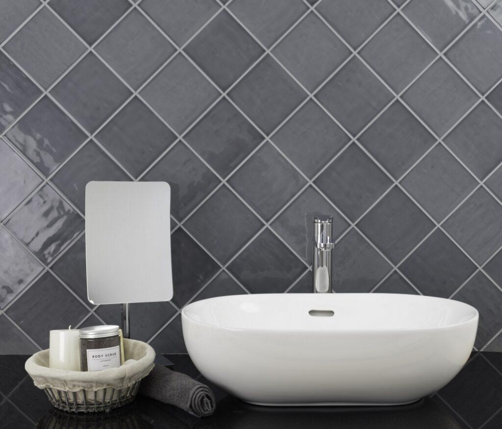 ceramic-bathroom-tile